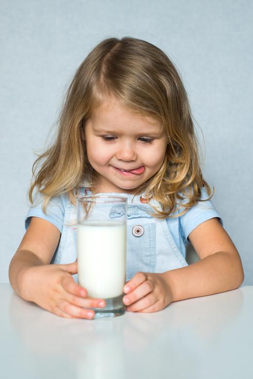 Analiza pierwiastkowa włosa a alergia pokarmowa u dzieci