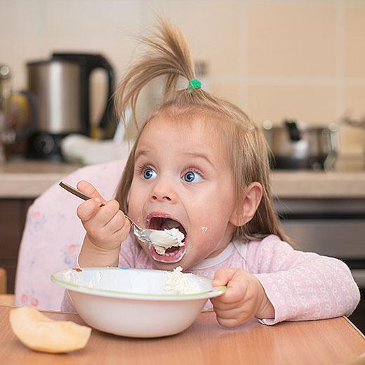 Arszenik w jedzeniu dla niemowląt. Szokujące wyniki badań w UE