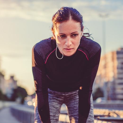 Niedobory żelaza u biegaczy, wegetarian i nie tylko. Jak sobie z tym radzić?